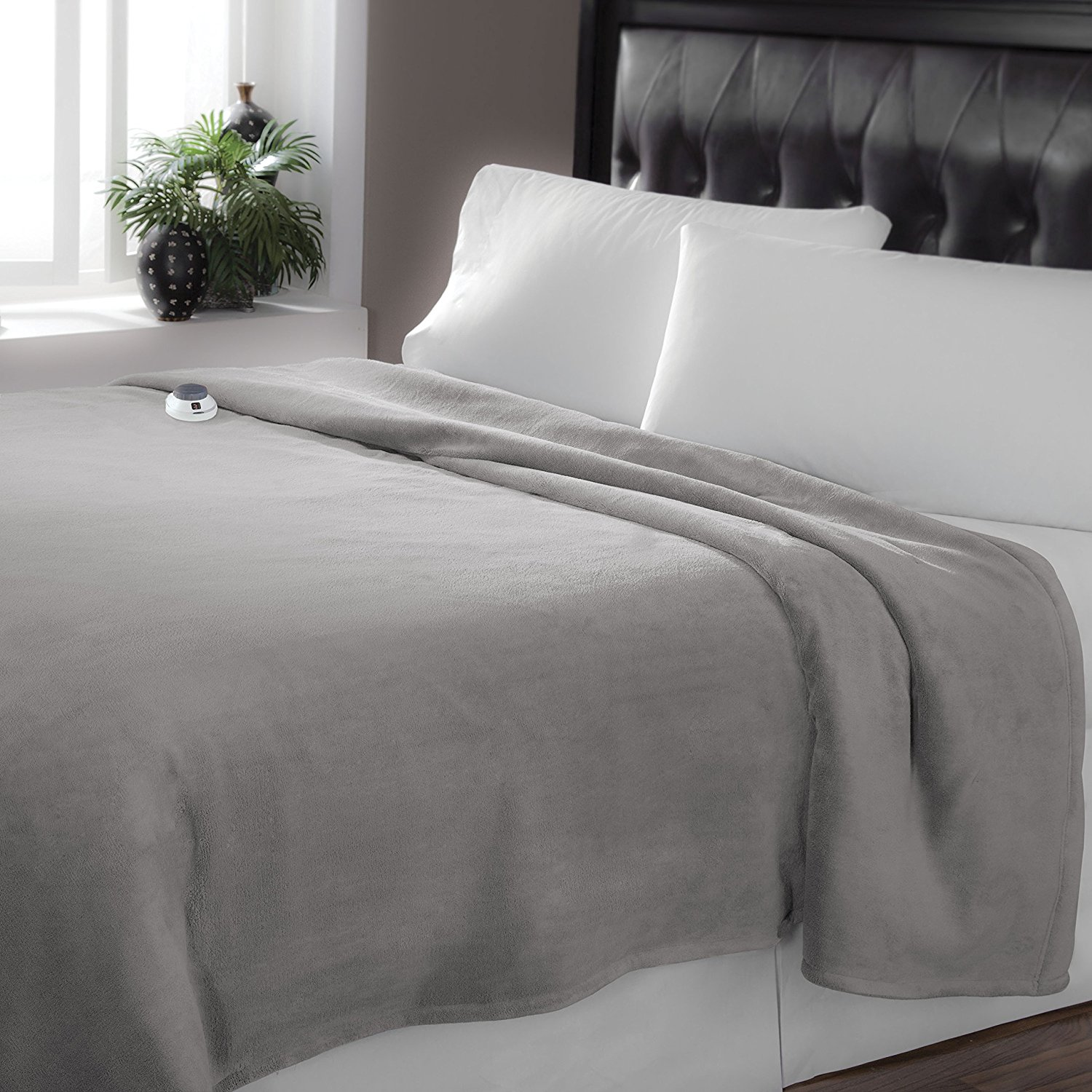 Soft Heat 856566 Low Voltage Heated Electric Luxe Plush Warming Blanket, King, Gray